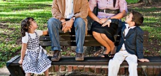 Padres que comparten con sus hijos aumentan el autoestima de los niños