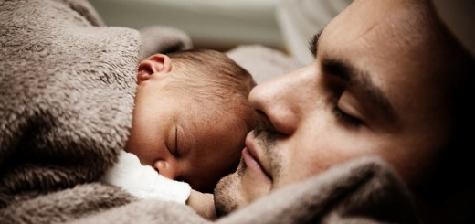 El papá y el bebé pueden lograr una mejor conexión