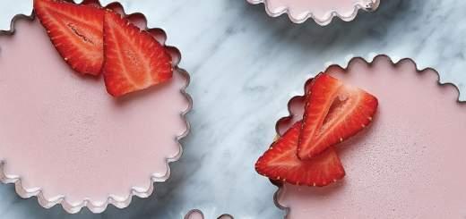 La gelatina, fresa y yogurt son grandes aliados