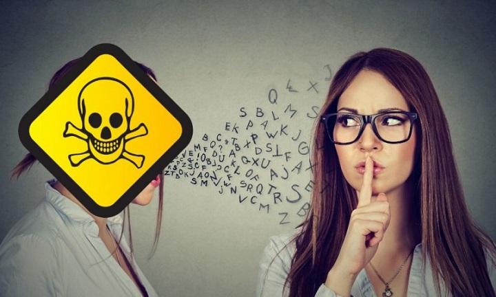 Es saludable alejarse de personas tóxicas