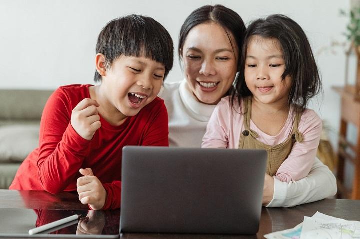 Los hijos crecen con rapidez y hay que disfrutarlos