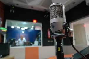 La radio abre puertas a Somos Padres